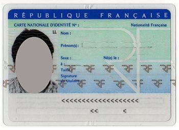 [PRATIQUE] Contrôle d'identité, par qui, où et quels documents présenter ?