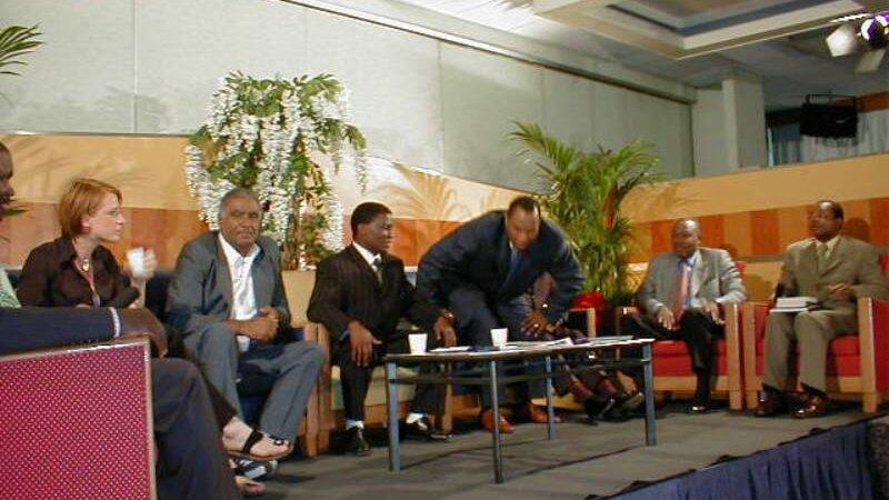 MONDIALE FREQUENCE a organisé un débat pour les télévisions africaines