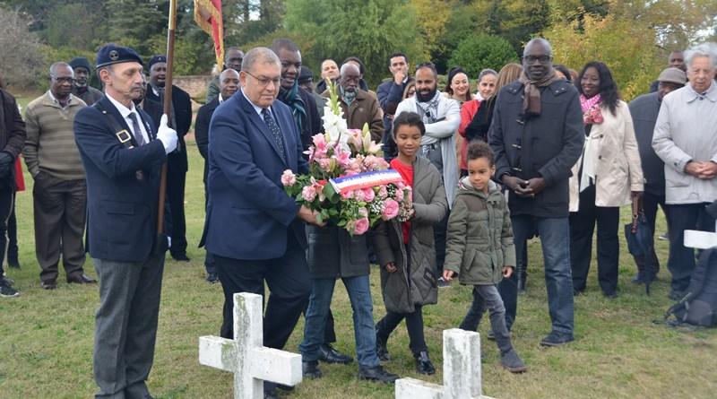 [MEMOIRE] Près d'une centaine de personnes a participé ce 1er novembre 2018 à l'hommage aux 350 soldats africains enterrés à la Doua (photos)