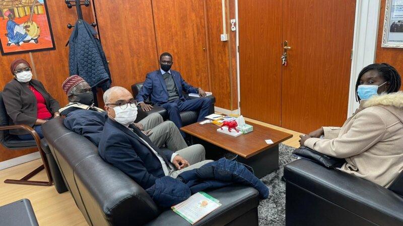 [SENEGAL] Une délégation du collectif Africa 50 reçue par le Consul Général M. Ibrahim MBODJ le 25 novembre 2020
